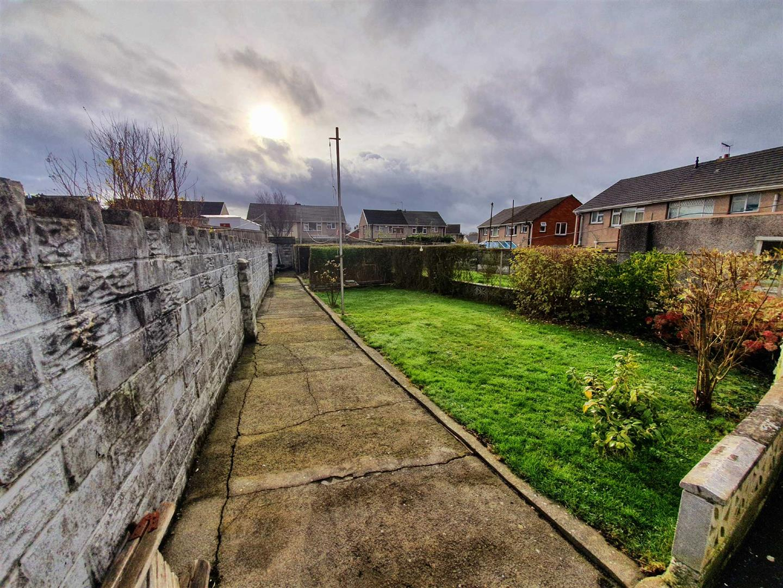 Bryncelin Road, Gorseinon, SWANSEA, SA4 4XB